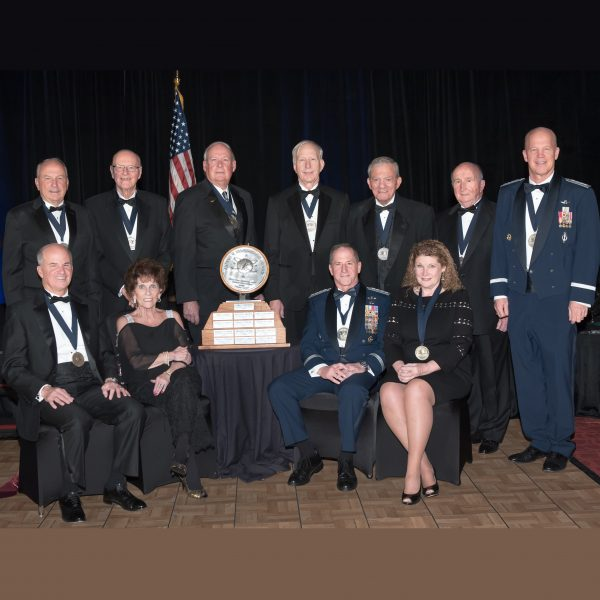 2018-NDIA-Ball-with-Hartinger-Award-Recipients-photo